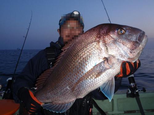 83cmのビック真鯛